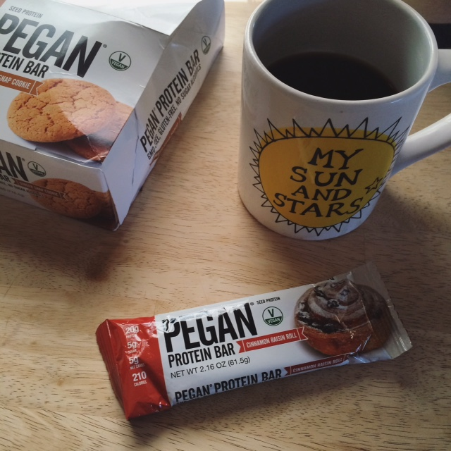 Healthy Gamer Snack Review: Julian Bakery Pegan Bars