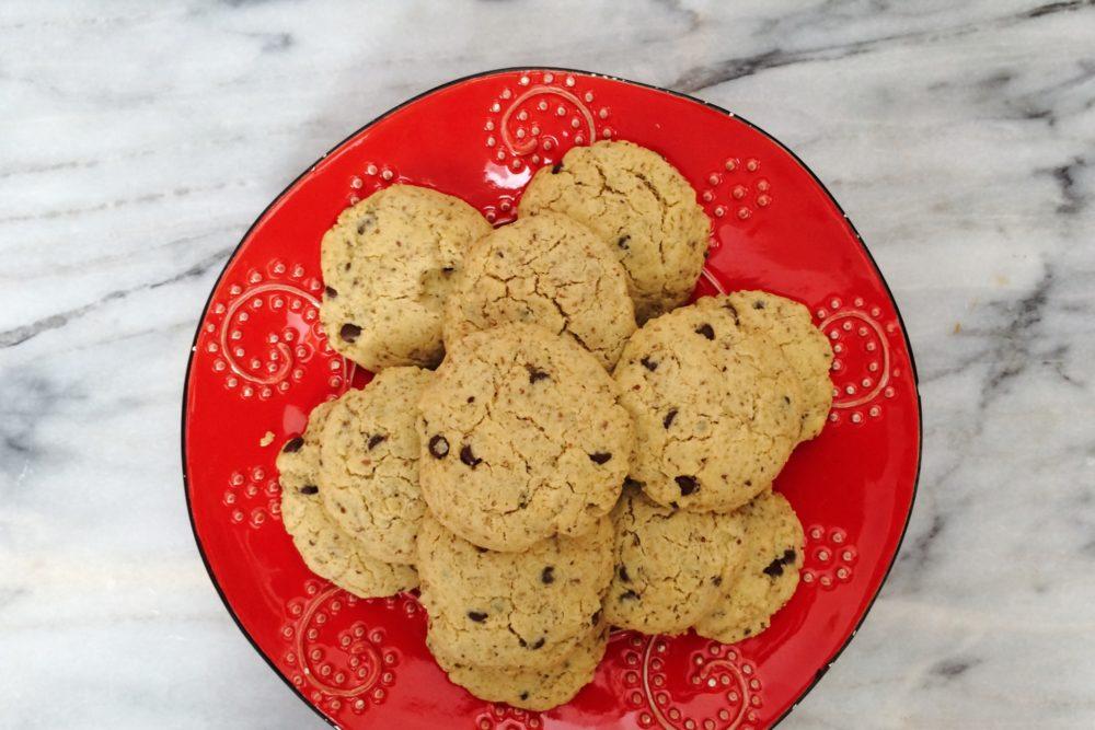 Sugar Free Vegan Chocolate Chip Cookies (low carb, gluten free, nut free)